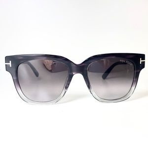 Tom Ford NEVER WORN sunglasses